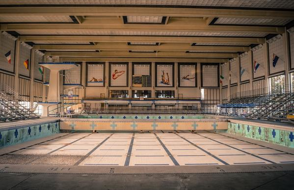 Belmont Plaza Pool Prior to Demolition